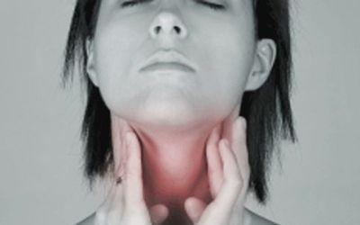 Les maux de gorge (angine) traités par les plantes médicinales